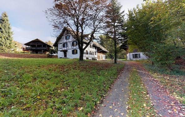 Stattliches Riegelhaus mit Baulandreserve