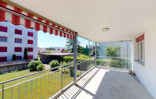 Schöne Wohnung mit grosser Terrasse