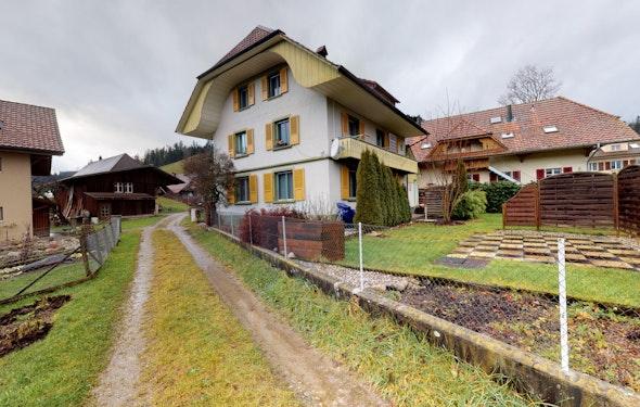 Grosszügiges Familienhaus mitten in Signau